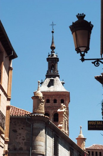 Stock Photo: 4029R-318133 Spain, Castilla leon, Segovia, City, Architecture, Tower, Lamppost