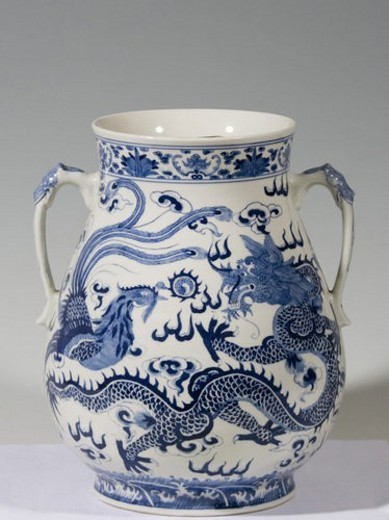 Stock Photo: 4029R-321553 Two-ear wine vessle with dragon and phoenix design (Qing Dynasty)