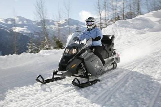 Stock Photo: 4029R-323263 snowmobile adventure tour in Whistler British Columbia