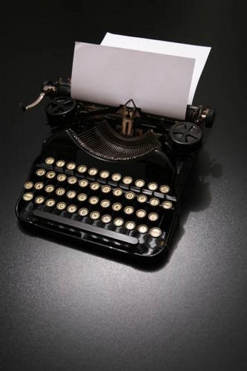 Stock Photo: 4029R-349297 typewriter, art, fonts, concoctions, business, ideas, alumnus