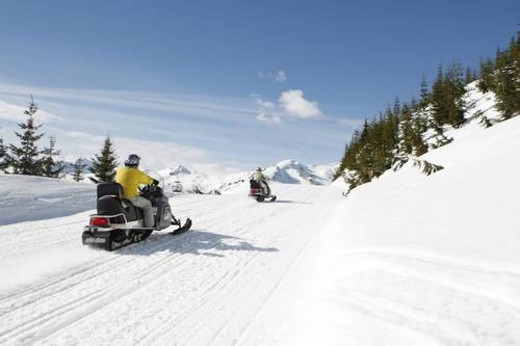 Stock Photo: 4029R-355448 snowmobile adventure tour in Whistler British Columbia