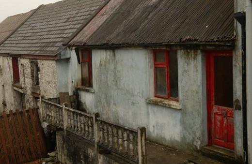 Stock Photo: 4029R-357507 Ireland - dilapidated building