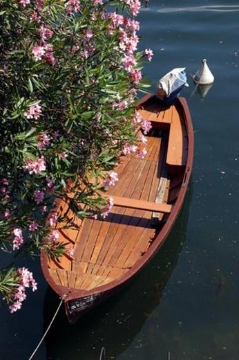 Stock Photo: 4029R-361227 Osuccio -harbour-boat