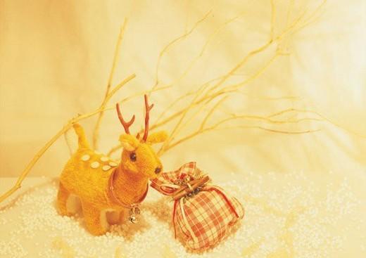 Stock Photo: 4029R-376035 , decoration, holiday, Christmas, deer, bag