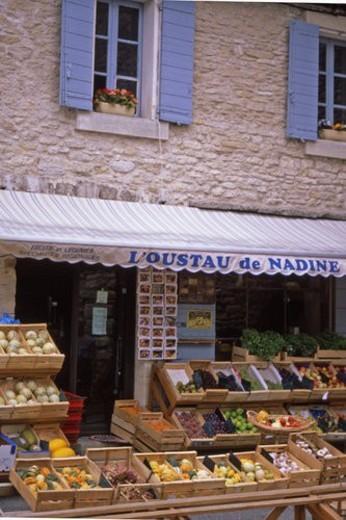 Gordes  - fruit shop : Stock Photo