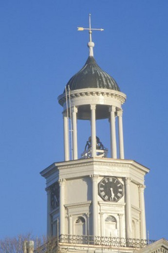 Vicksburg Old Courthouse clock tower : Stock Photo