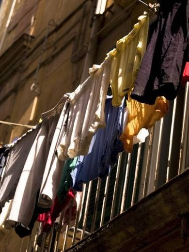Stock Photo: 4029R-414524 Laundry drying, Naples, Italy