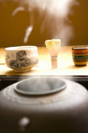 Steam coming out of a tea kettle, Japanese tea set on Tatami mats, close up, Japan : Stock Photo