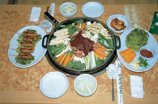 table setting, food, korean cuisine, korean food, cuisine, chicken : Stock Photo