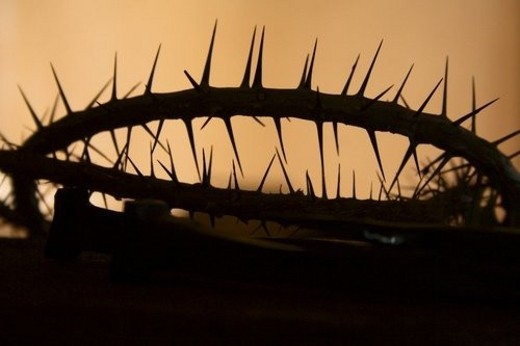Stock Photo: 4029R-434736 Silhouette of a crown of thorns