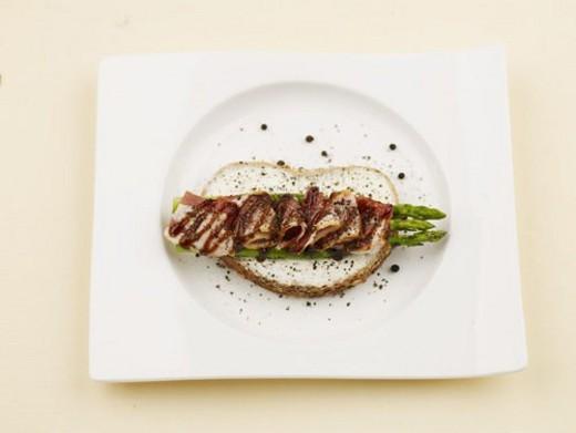 sauce, bread, plate, dish, ham, food, asparagus : Stock Photo