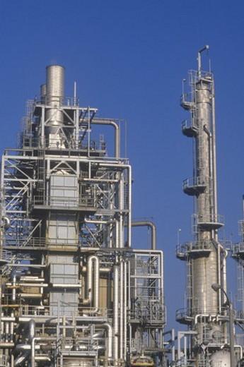 Stock Photo: 4029R-71214 Oil Refinery