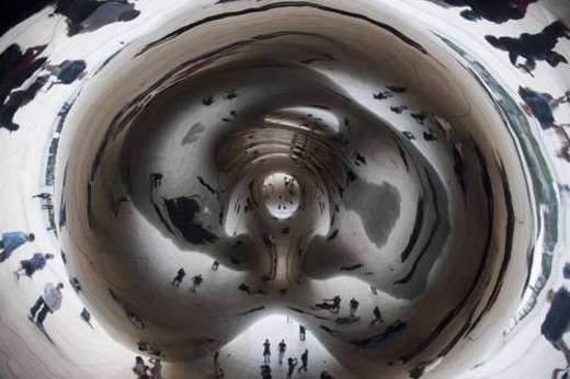 Reflection in the Bean sphere at Chicago, Millennium Park : Stock Photo
