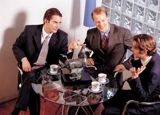 Stock Photo: 4029R-83994 tea, horse, thinking, teacups, men only