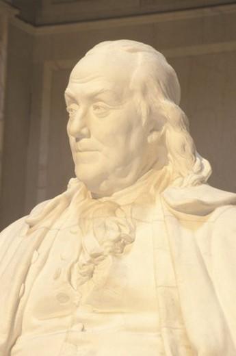 Stock Photo: 4029R-89624 Benjamin Franklin Memorial, Franklin Institute, Philadelphia, Pennsylvania