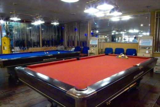 Stock Photo: 4029R-98997 billiard ball, recreation, Indoors, game, sports, billiard table, leisure