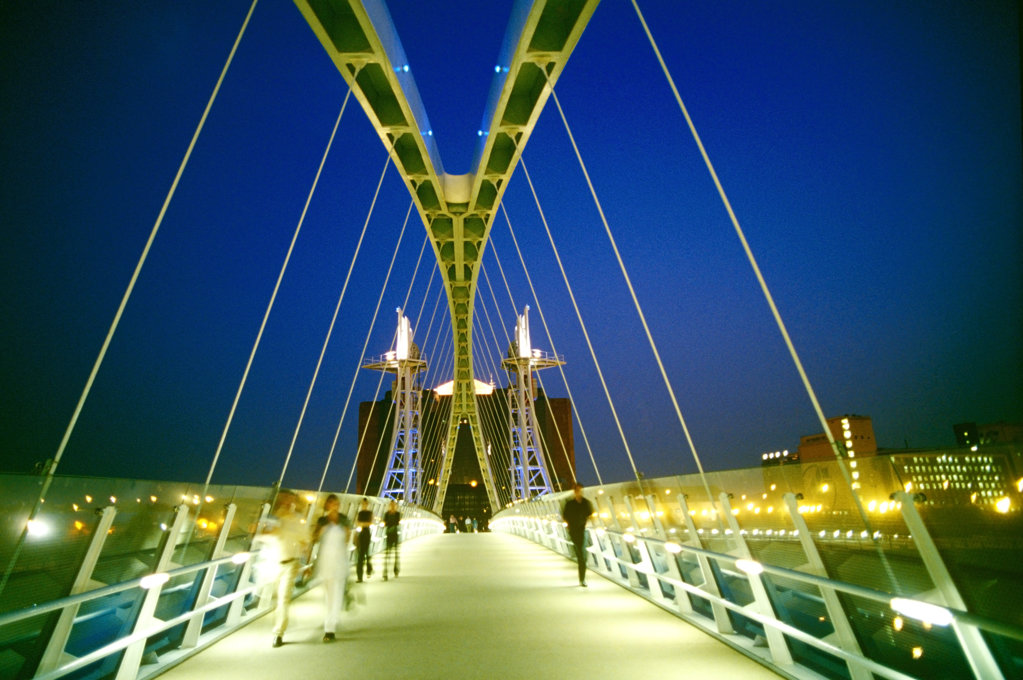 Stock Photo: 4030-1701 Lowry Footbridge Illuminated at Night, Manchester, England, United Kingdom