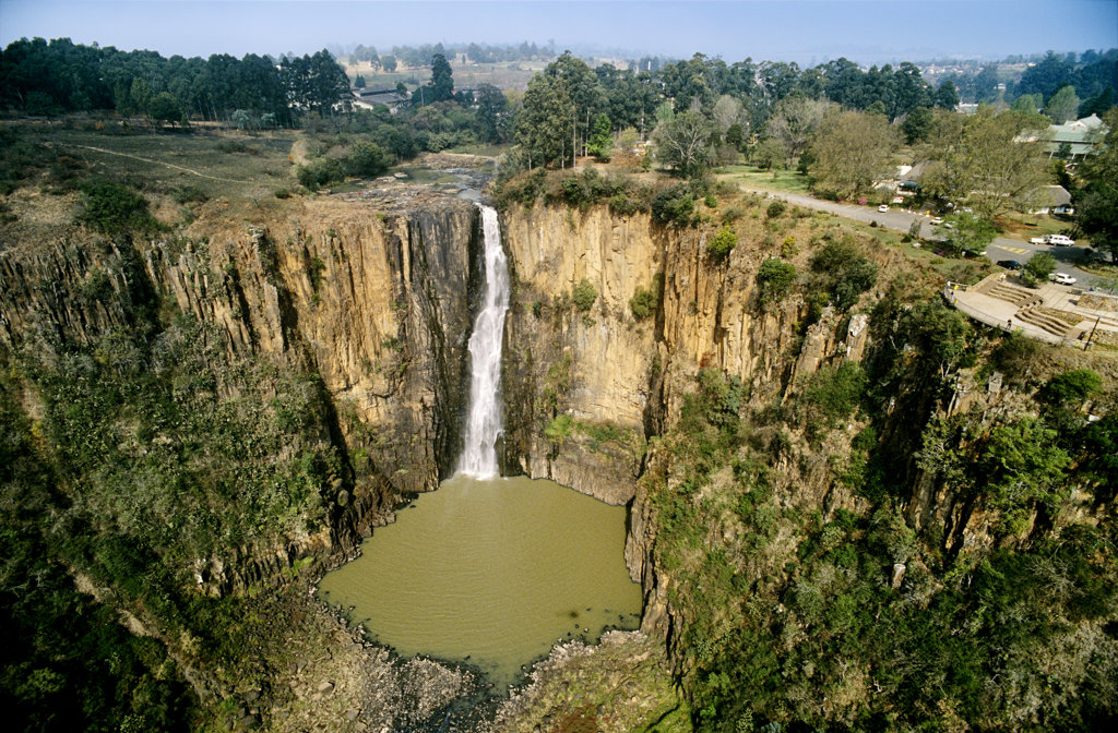 Stock Photo: 4030-4341 Howick Falls, KwaZulu-Natal