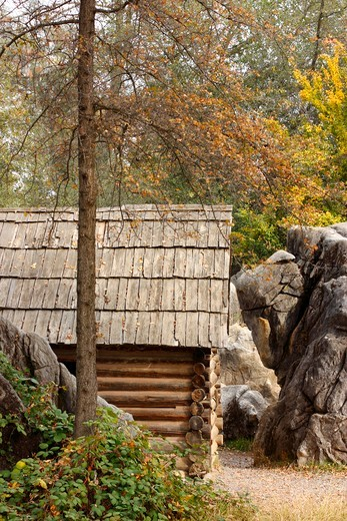 Stock Photo: 4031-177 Log cabin in a park, Columbia State Historic Park, Columbia, Tuolumne County, California, USA