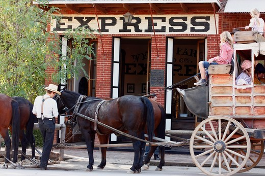Stock Photo: 4031-192B Tourists on stagecoach in front of a bank, Wells Fargo and Company, Columbia State Historic Park, Columbia, Tuolumne County, California, USA