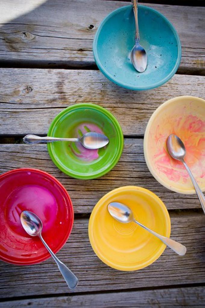 Stock Photo: 4033-386B Empty ice cream bowls, Bozeman, Montana, USA
