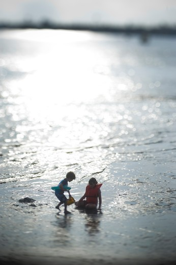 Children playing on the beach, San Diego, California, USA : Stock Photo