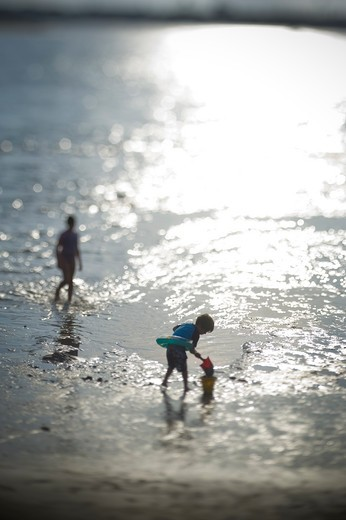 Stock Photo: 4033-392B Children playing on the beach, San Diego, California, USA