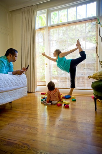 Stock Photo: 4033-394 Family at home