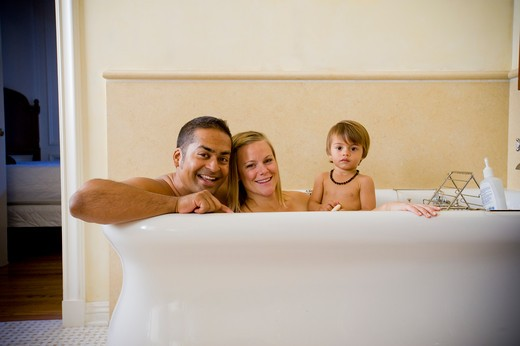 Stock Photo: 4033-412 Family in a bathtub