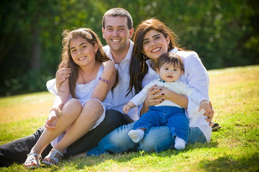 Stock Photo: 4033-491 Portrait of a happy family in the park