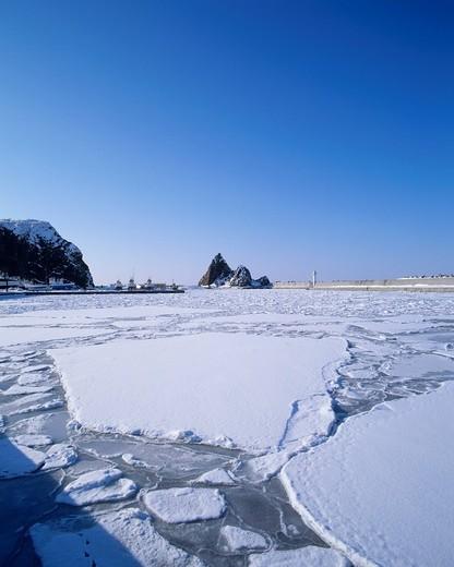 Stock Photo: 4034-104037 Utoro port, Hokkaido, Japan