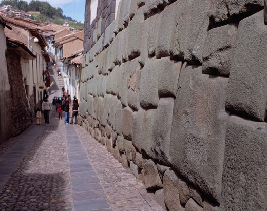 12 Sided Stone La Piedra de Los Doce Anguios, Footpath, Inca Stones, Cuzco, Peru, Central South America, World Heritage : Stock Photo