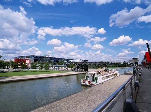 Stock Photo: 4034-12209 Tour around a canal Ship Billet canal Paris France Blue sky Clouds River Ship