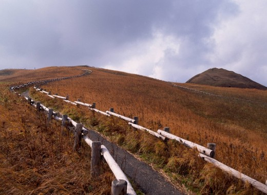 Stock Photo: 4034-12357 Autumn Momo_Rock Rebun Island Hokkaido Japan Clouds Promenade Handrail Plant Curve