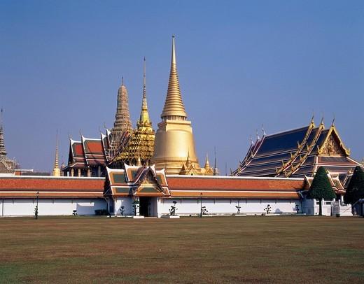 temple Wat Phra Keo Emerald temple Bangkok Thailand February : Stock Photo