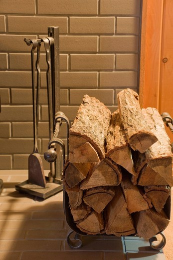 Oak material, firewood, Shinshu, winter, heating, wood stove, wood_chopping, warm, coal, fireplace, Azumino, Nagano, Koshin_etsu, Japan : Stock Photo
