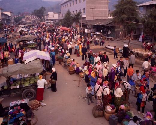 Stock Photo: 4034-15403 People, Market, Xishungbanna, Yunnan, China