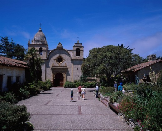 Stock Photo: 4034-17411 Carmel Mission Carmel California, Blue sky Clouds People Green Building C602_003140A, North America, USA, United States of America