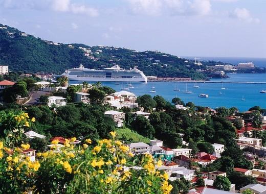 Charlotte Amalie, City View, cruise ship, Saint Thomas, U.S. territory Virgin Islands, Caribbean Sea, Latin America : Stock Photo