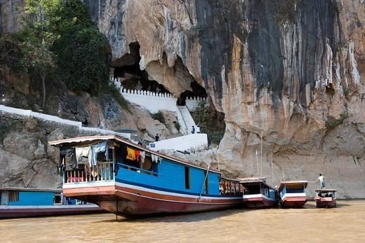 Pak Ou Caves, ship, Lampabarn, Laos, Asia, World Heritage, January : Stock Photo