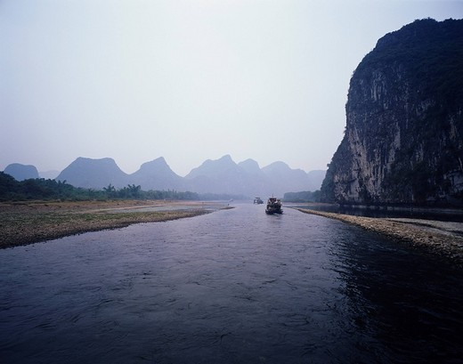 Lijiang Sightseeing boat, Guilin, Guangxi, China : Stock Photo