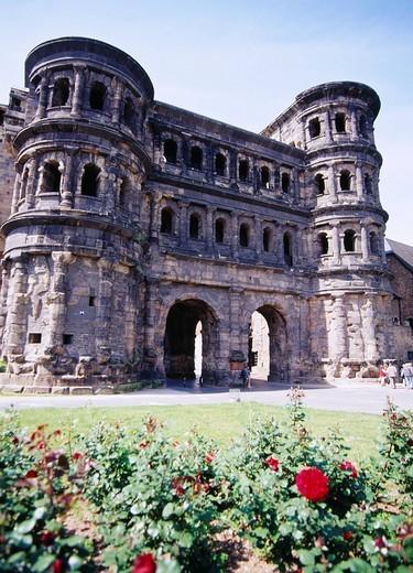 Stock Photo: 4034-27193 World Heritage, Porta Nigra, Trier, Mosel river, German
