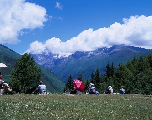 trekking, people, Siguniang mountain, Haizigou, Sichuan Province, China : Stock Photo