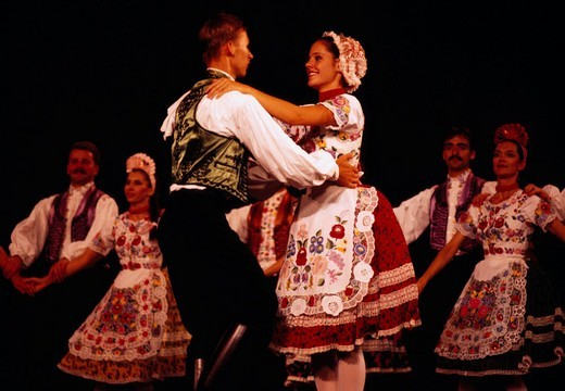 Stock Photo: 4034-33802 Dance Couple Native costume Man and woman The Hungary Anh dance Swine plague Hungary Folk Customs Natinal Consume Budapest