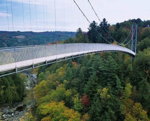 Stock Photo: 4034-34968 Suspension bridge The world longest Coach Cook Canada