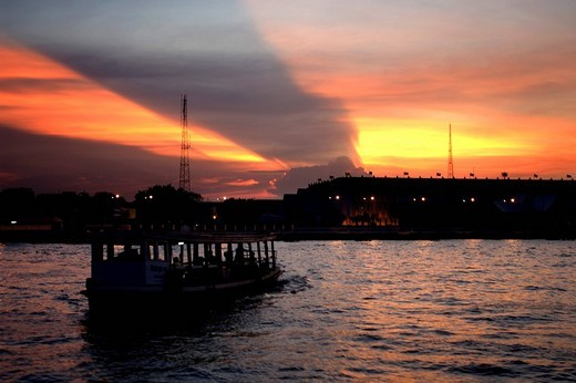 Stock Photo: 4034-38708 Chao Phraya river, cross River ferry, ship, vehicle, Evening View, Bangkok, Thailand, Asia