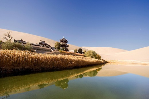 Yueyaquan, oasis, Dunhuang, Gansu, silk road, China, Asia : Stock Photo