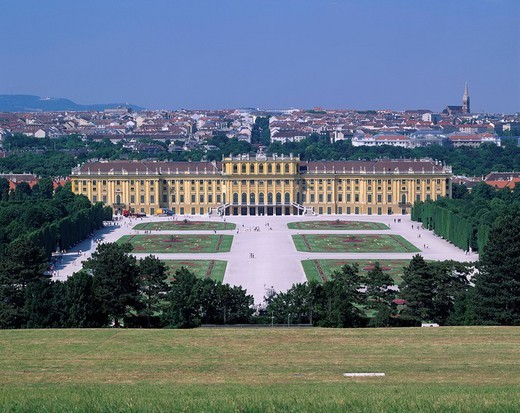 Schloss Schonbrunn, Vienna, Austria : Stock Photo