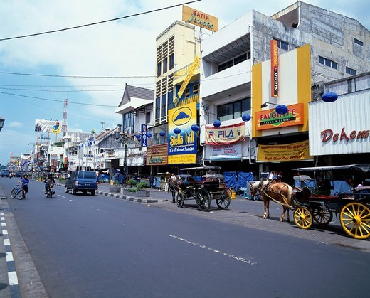 Malioboro passage Jogjakarta Jawa Indonesia Road Carriage Signboard Traffic : Stock Photo