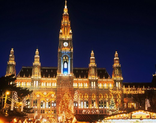 City hall, Christmas market, Christmas tree, Wien, Austria : Stock Photo